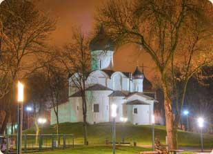 Храм святителя Василия Великого (на горке), город Псков. Официальный сайт.